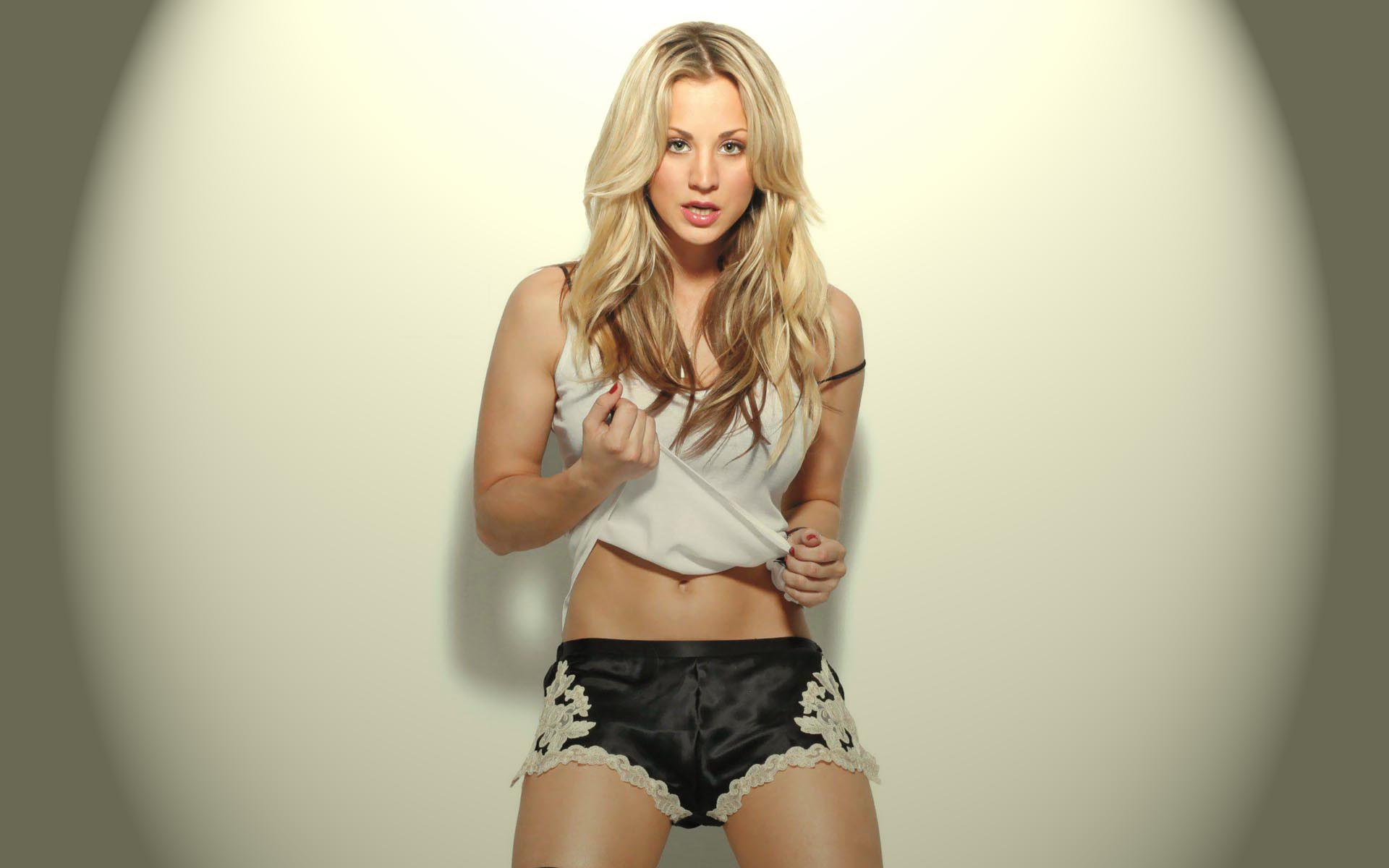 1920x1200 - Kaley Cuoco Wallpapers 27