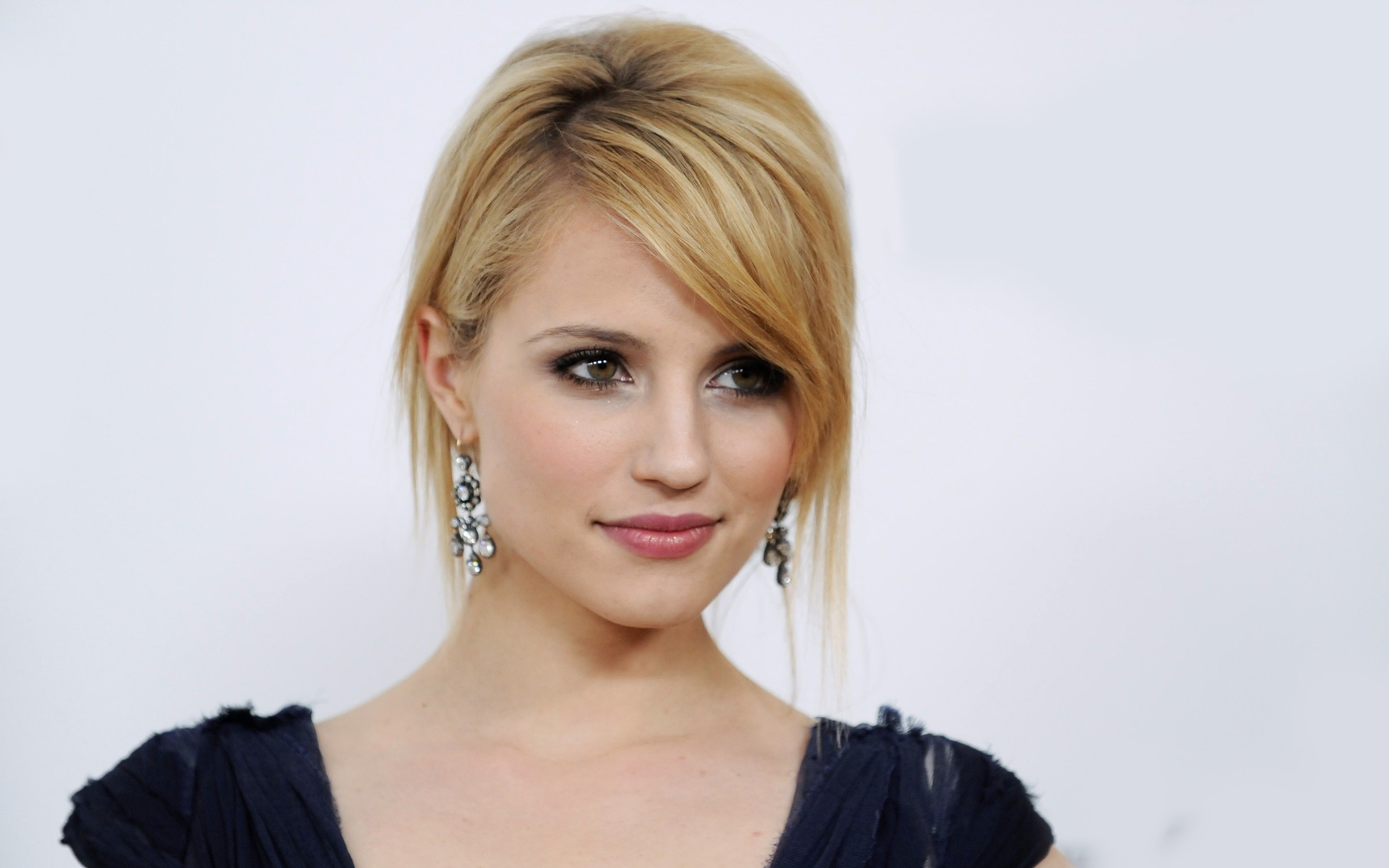 2880x1800 - Dianna Agron Wallpapers 35