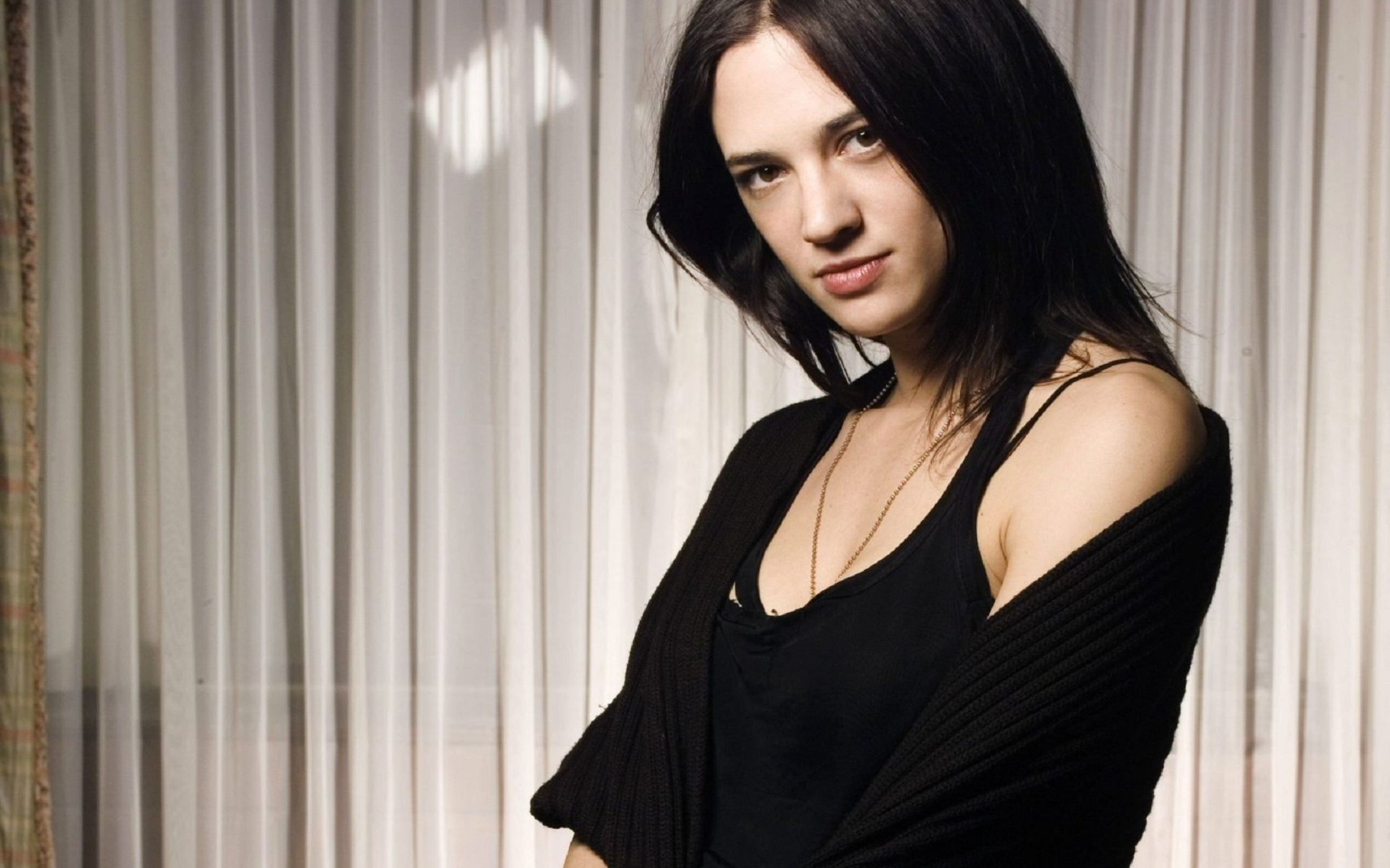 2880x1800 - Asia Argento Wallpapers 2