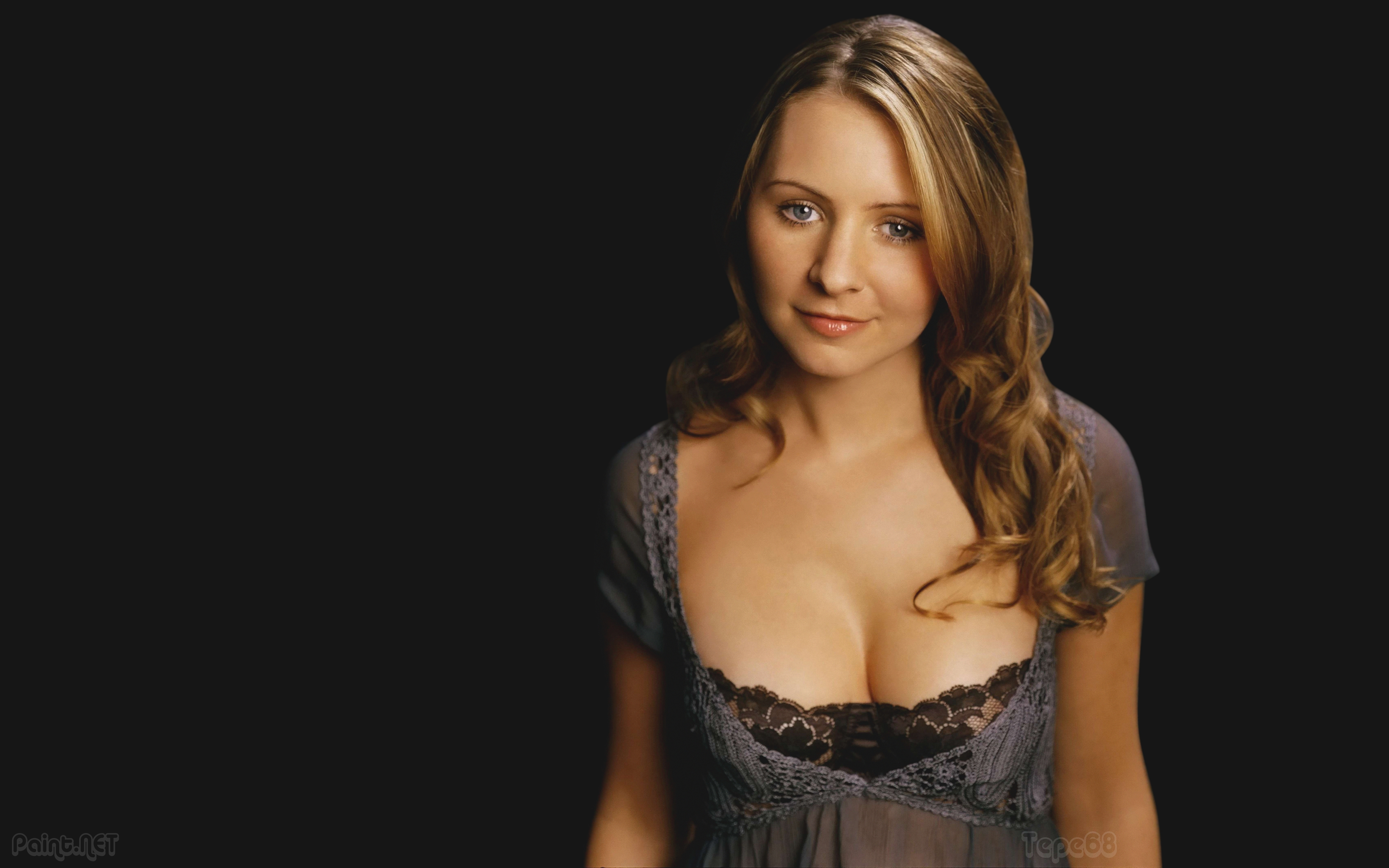 6400x4000 - Beverley Mitchell Wallpapers 5