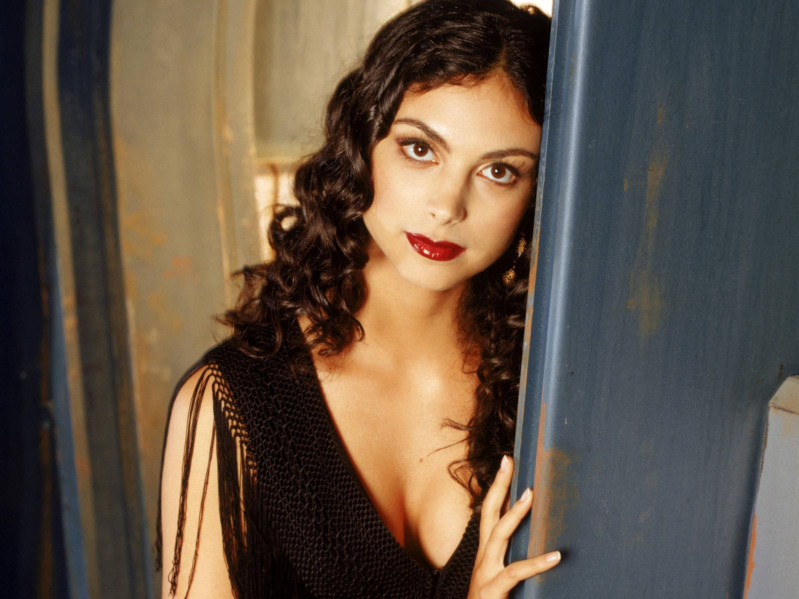 1600x1200 - Morena Baccarin Wallpapers 24