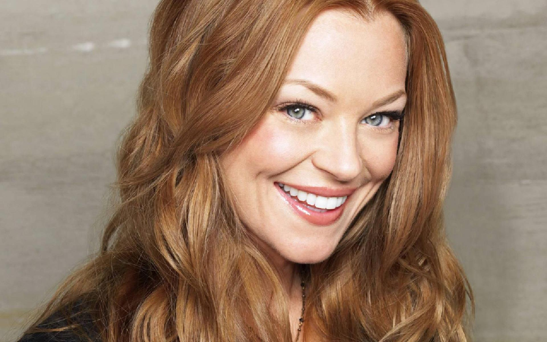 1920x1200 - Charlotte Ross Wallpapers 16