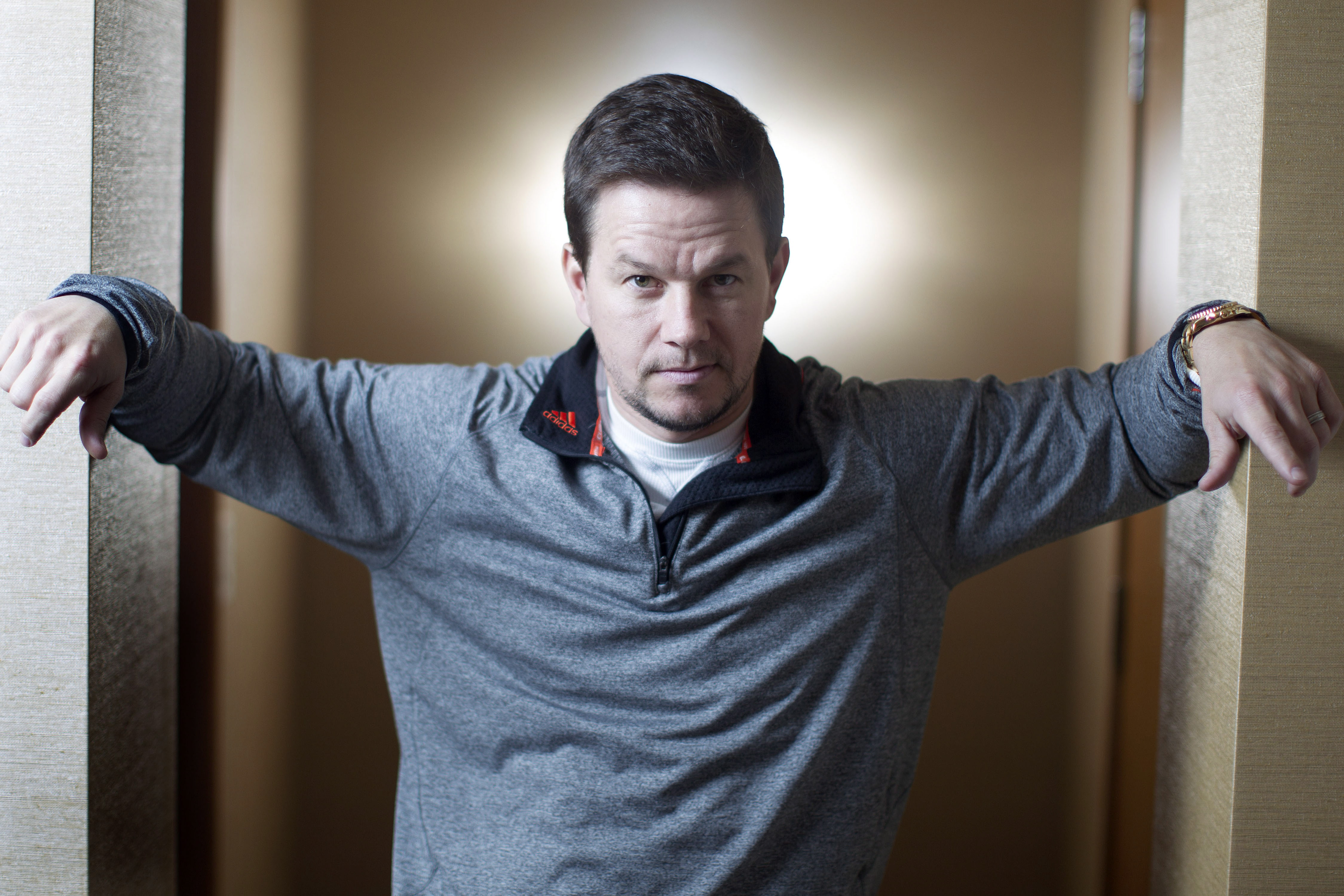 4498x2999 - Mark Wahlberg Wallpapers 7
