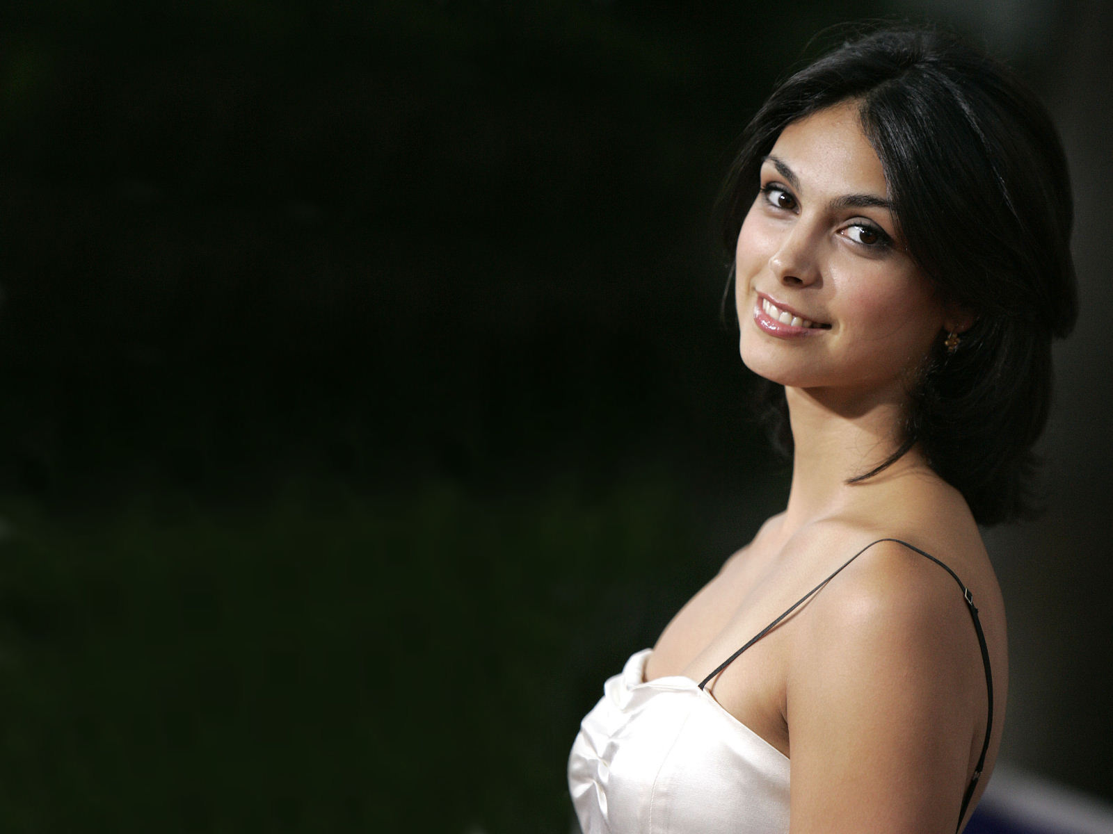 1600x1200 - Morena Baccarin Wallpapers 8