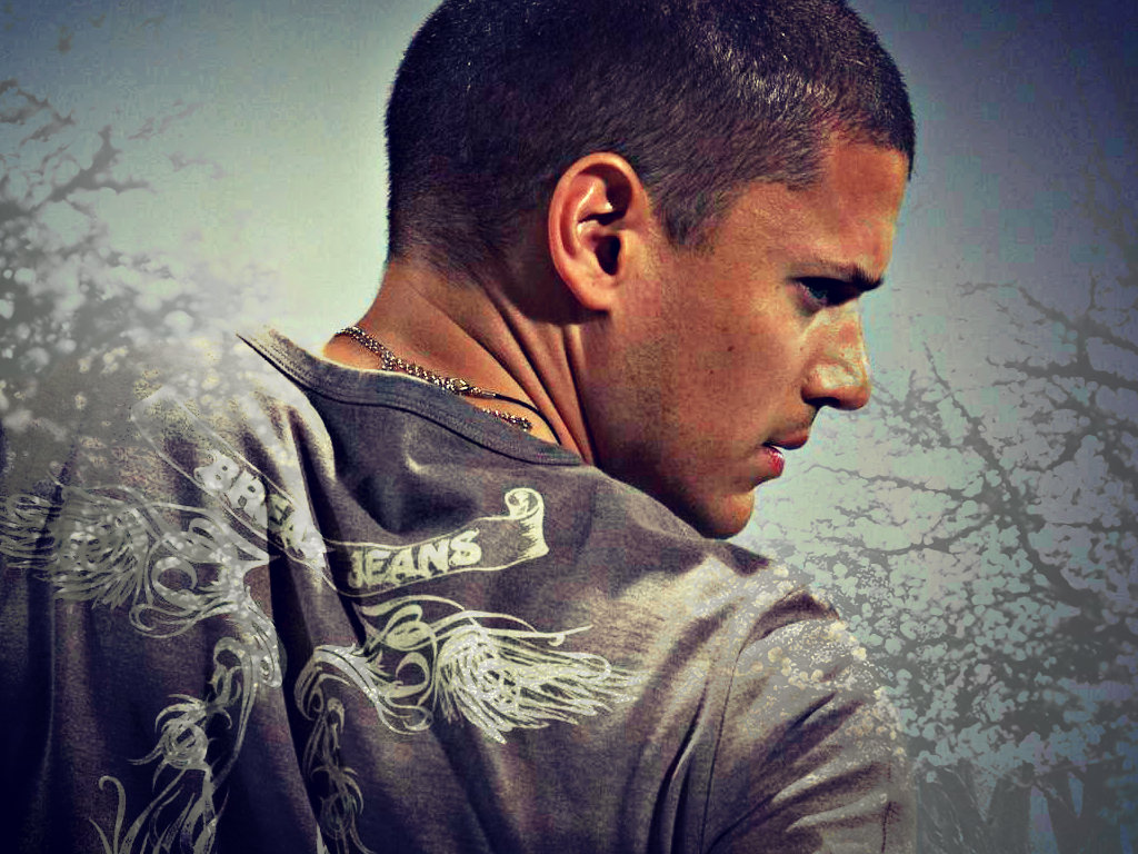 1024x768 - Wentworth Miller Wallpapers 13
