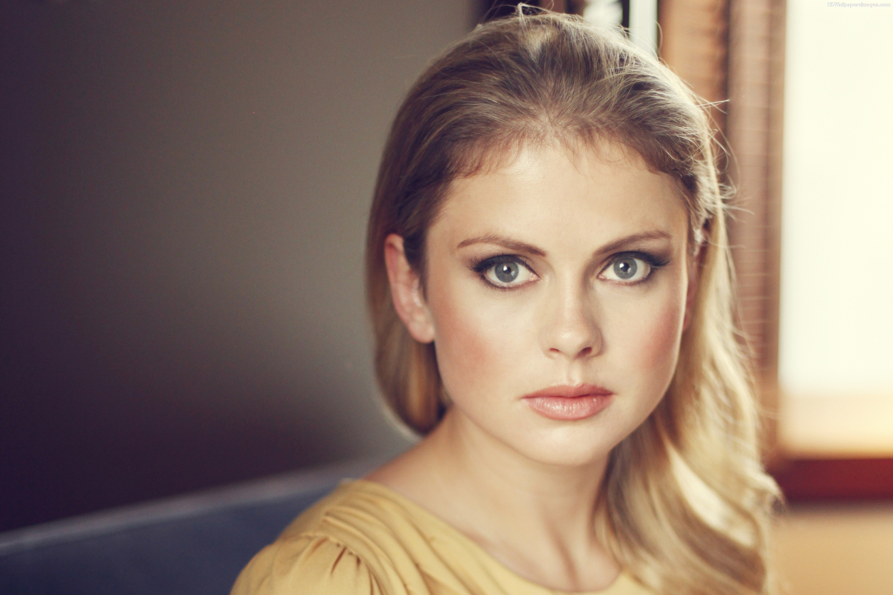2880x1920 - Rose McIver Wallpapers 12