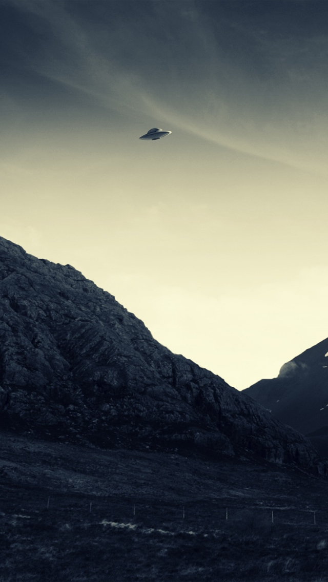 640x1136 - UFO Wallpapers 24