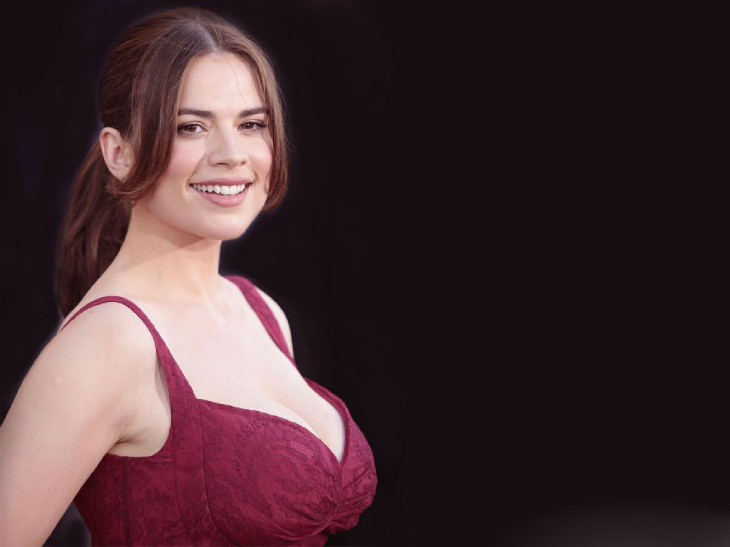 1024x768 - Hayley Atwell Wallpapers 14