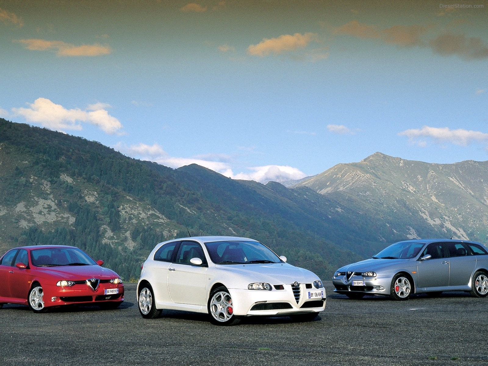 1600x1200 - Alfa Romeo 147 Wallpapers 32