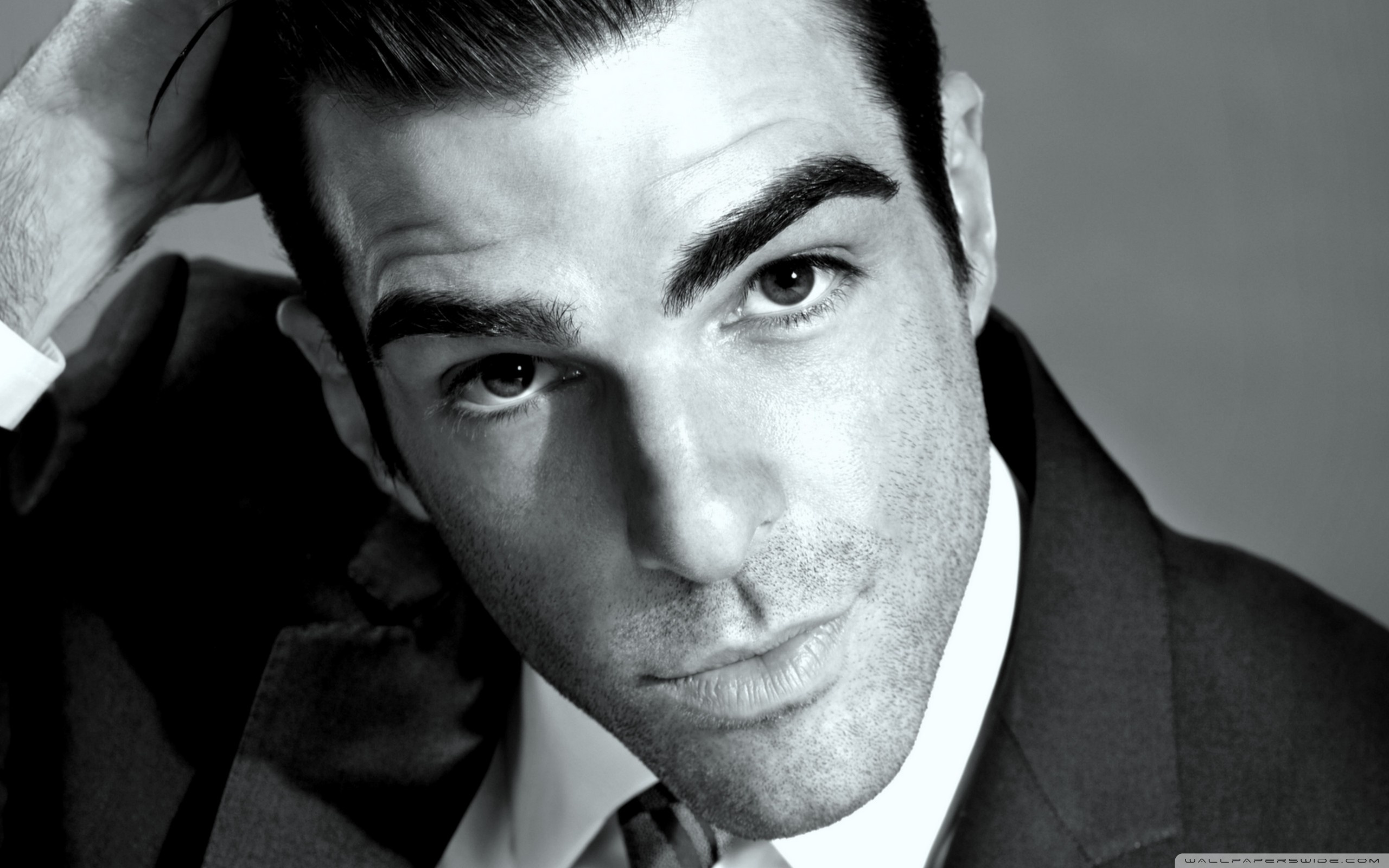 2560x1600 - Zachary Quinto Wallpapers 3