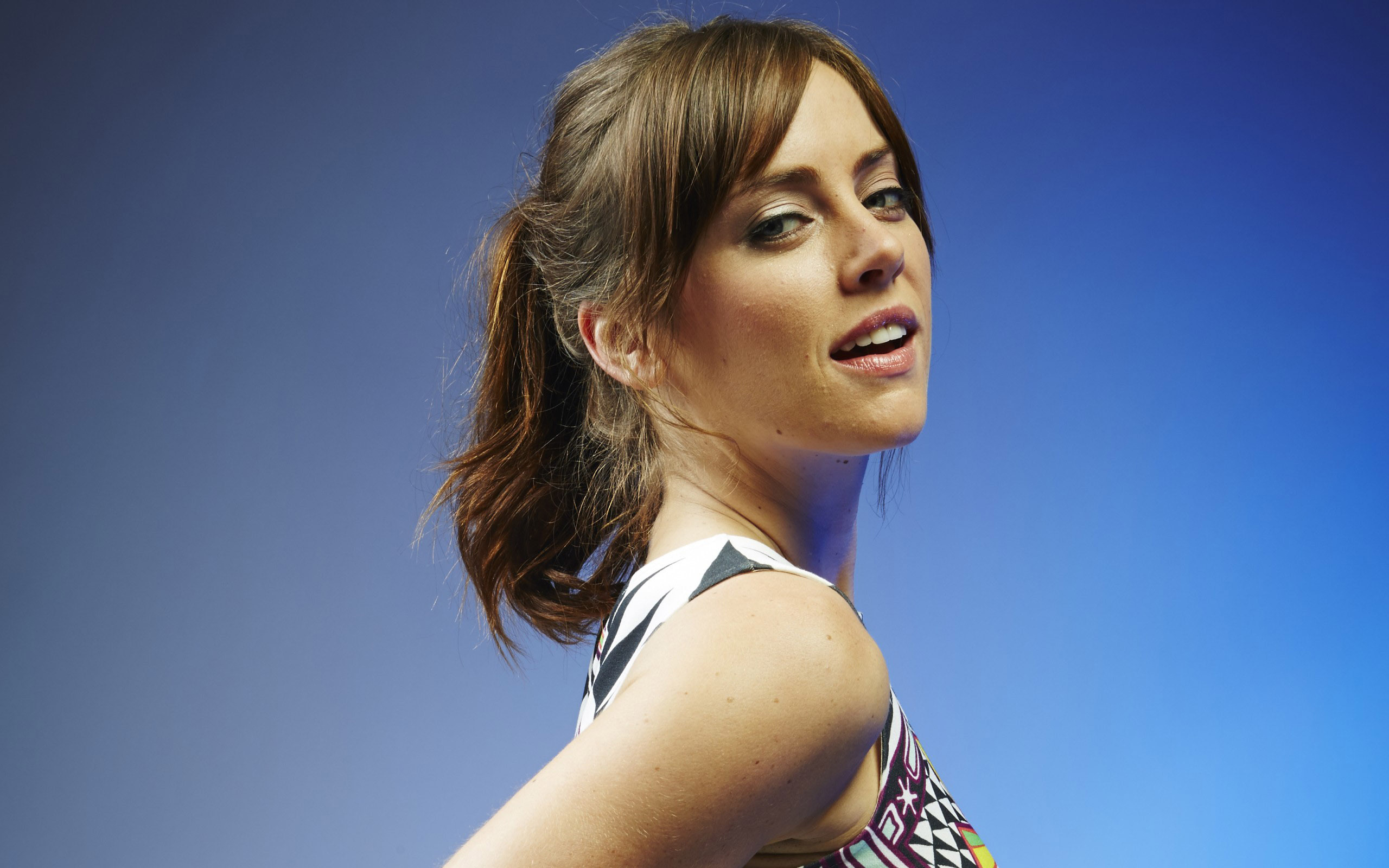 2560x1600 - Jessica Stroup Wallpapers 1