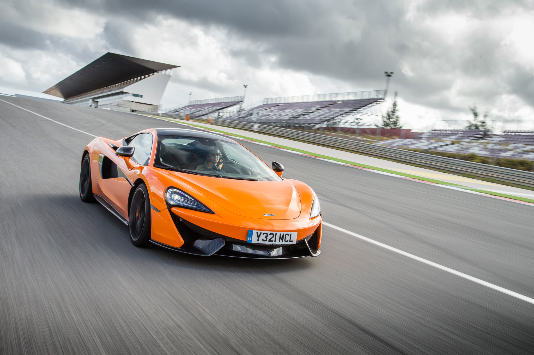 2048x1360 - McLaren 570S GT4 Wallpapers 12