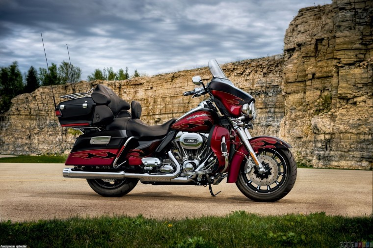 Harley-Davidson Electra Glide Ultra Classic Wallpapers