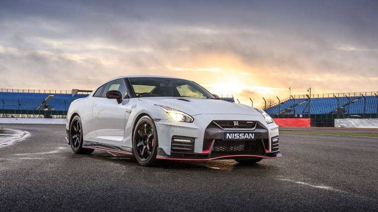 Nissan GT-R Nismo Wallpapers