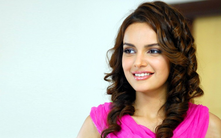 Shazahn Padamsee Wallpapers