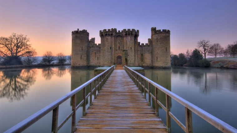 Bodiam Castle Wallpapers