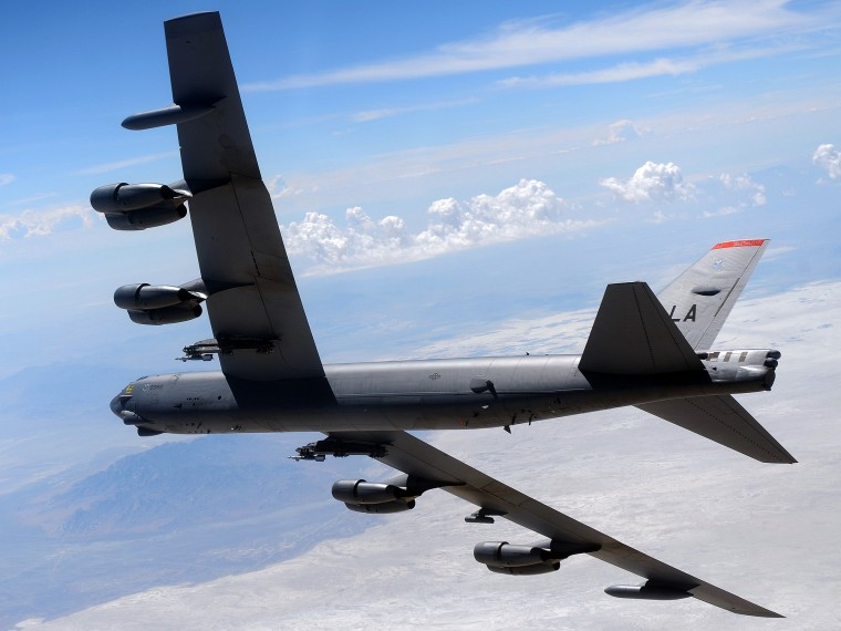 Boeing B-52 Stratofortress Wallpapers