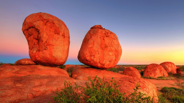 Devils Marbles Wallpapers