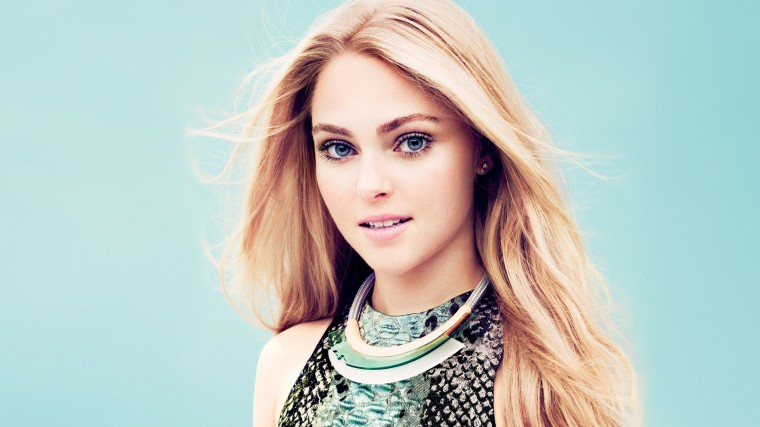 Annasophia Robb Wallpapers