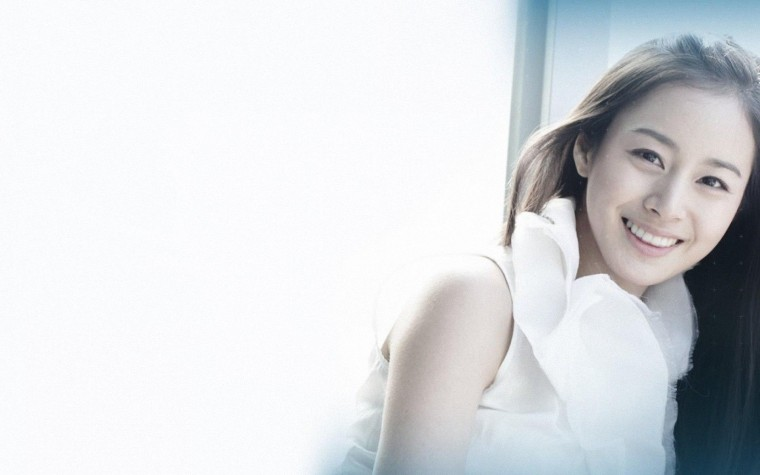 Kim Tae-Hee Wallpapers