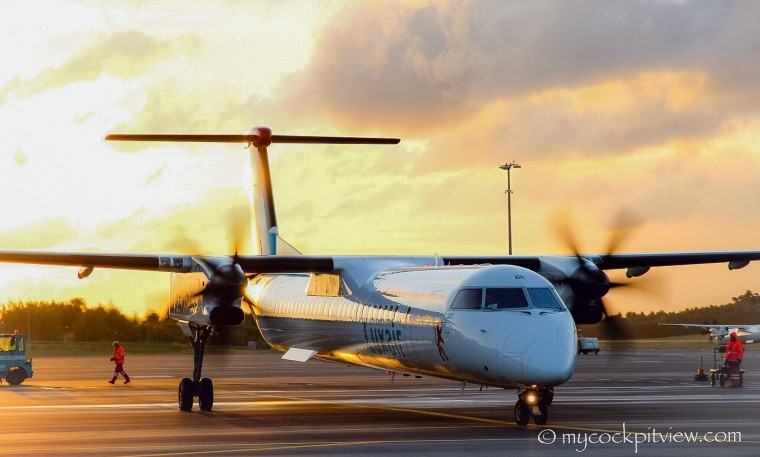 Bombardier Q400 Wallpapers