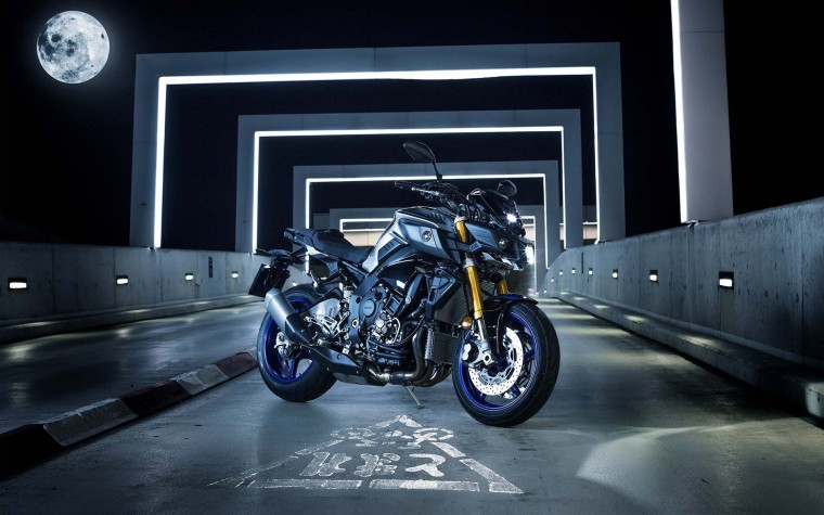 Yamaha MT-10 Wallpapers