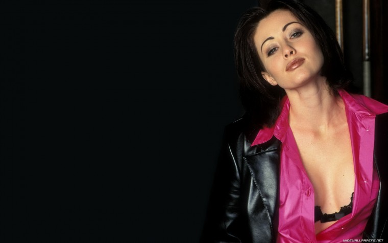 Shannen Doherty Wallpapers