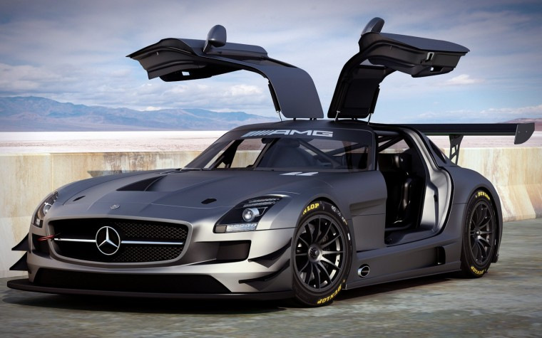Mercedes-Benz SLS Wallpapers