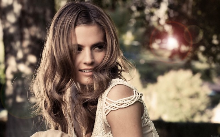 Stana Katic Wallpapers