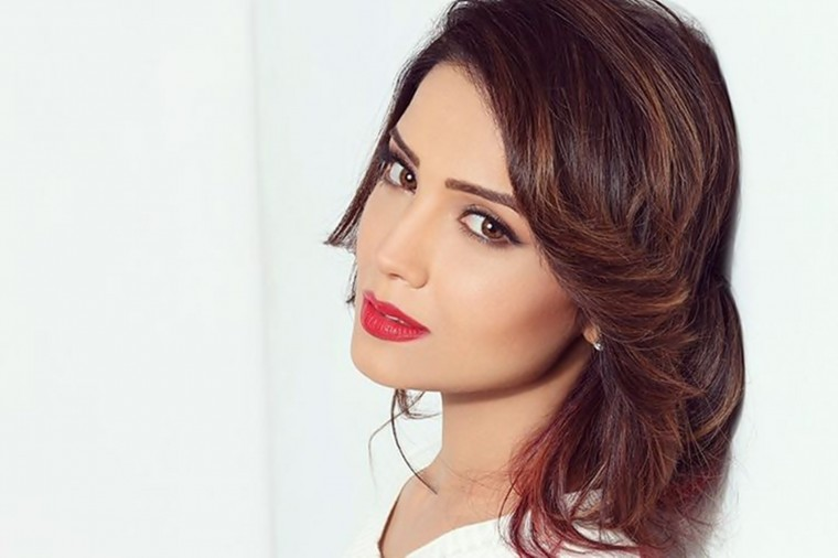 Adaa Khan Wallpapers