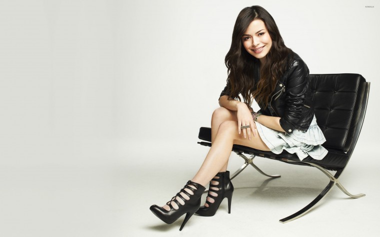 Miranda Cosgrove Wallpapers