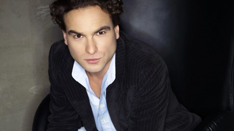 Johnny Galecki Wallpapers