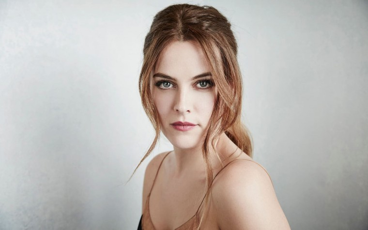 Riley Keough Wallpapers
