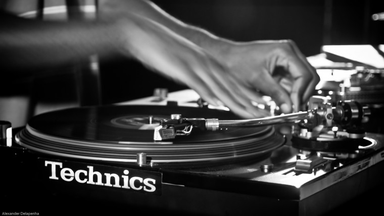 Technics Wallpapers