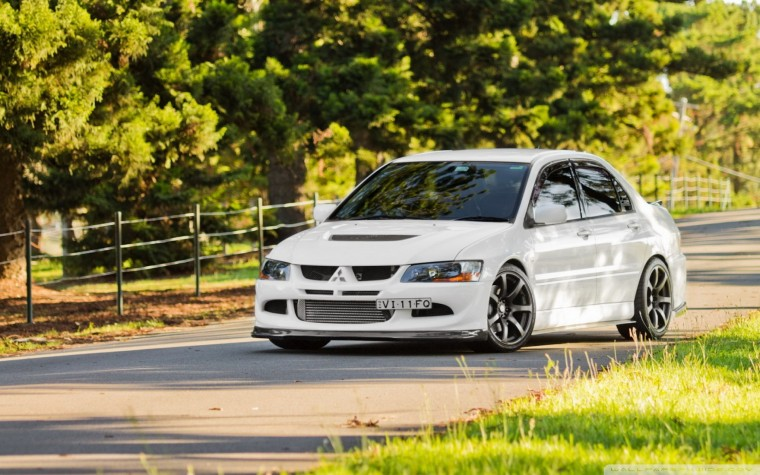 Mitsubishi Evolution IX Wallpapers