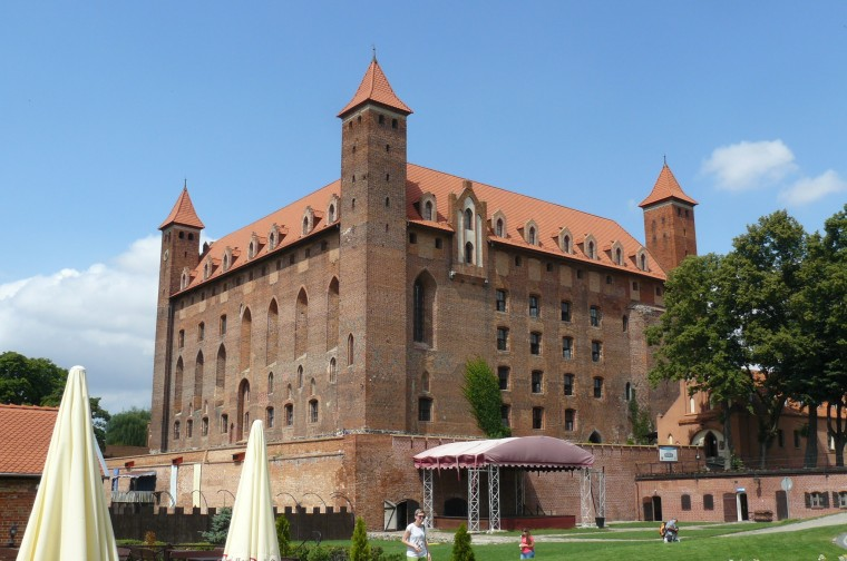 Gniew Castle Wallpapers