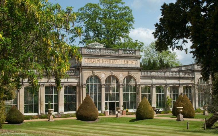 Orangery Palace Wallpapers