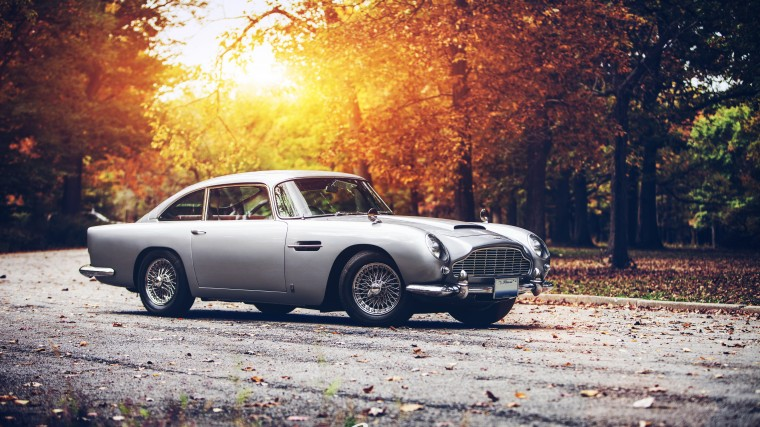 aston martin DB5 Wallpapers