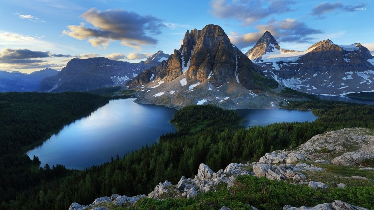 Mount Assiniboine Wallpapers