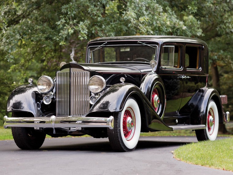 Packard Eight Wallpapers