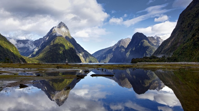 Milford Sound Wallpapers