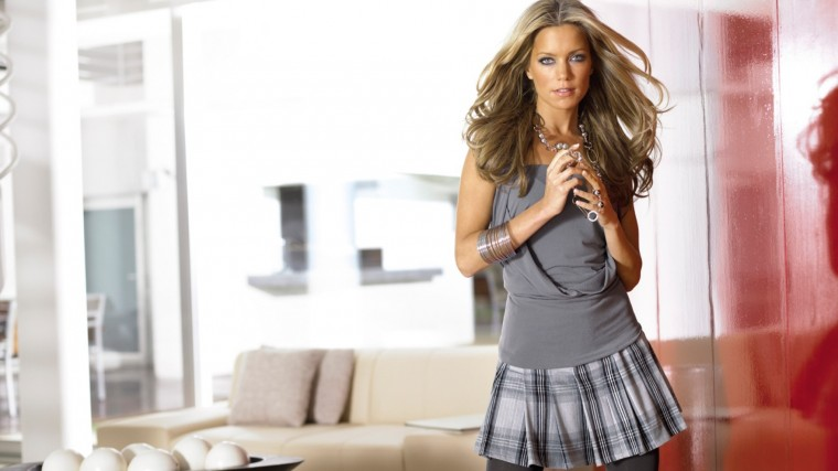 Sylvie van der Vaart Wallpapers
