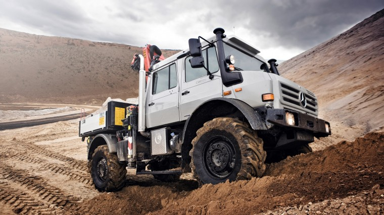 Mercedes-Benz Unimog Wallpapers