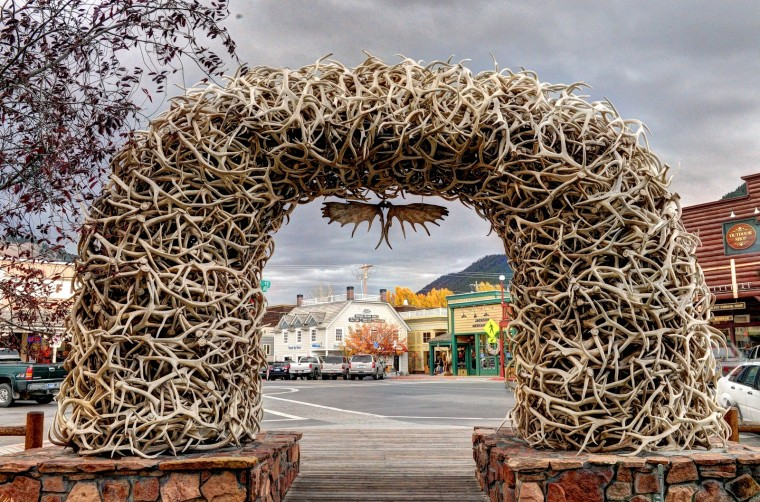 Antler Arch Wallpapers
