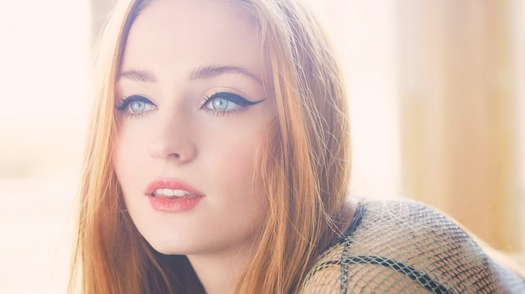 Sophie Turner Wallpapers