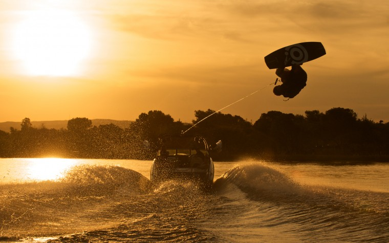 Wake Boarding Wallpapers