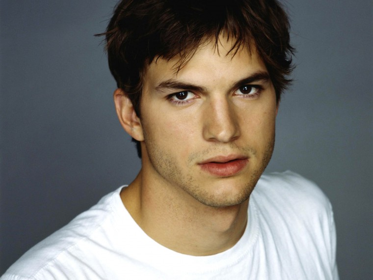 Ashton Kutcher Wallpapers
