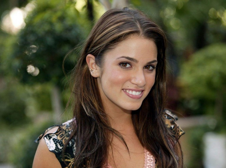 Nikki Reed Wallpapers